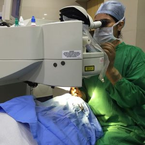 cornea-specialist-dr-kareeshma-wadia